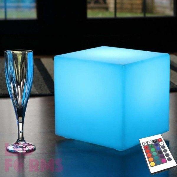 Куб светящийся беспроводной LED, 20*20*20 см., разноцветный (RGB), пылевлагозащита IP68, встроенный аккумулятор