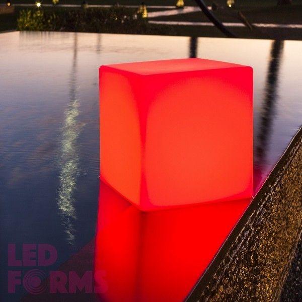 Куб светящийся беспроводной LED, 80*80*80 см., разноцветный (RGB), пылевлагозащита IP68, встроенный аккумулятор