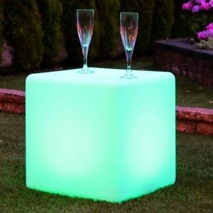 Куб светящийся беспроводной LED, 40*40*40 см., разноцветный (RGB), IP68, с аккумулятором