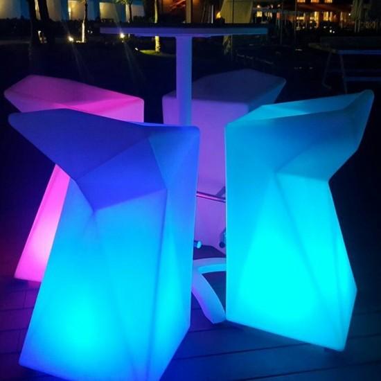 Барный стул светящийся LED BORNE c разноцветной RGB подсветкой и пультом ДУ IP65 — Купить в интернет-магазине LED Forms