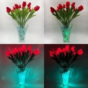 Светильник Светодиодные цветы LED Spring, красные тюльпаны с сине-зелёной подсветкой вазы