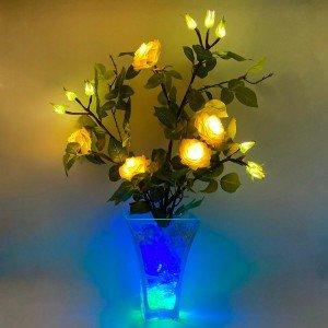 Светильник Светодиодные цветы LED Dream, белые розы с сине-зелёной подсветкой вазы