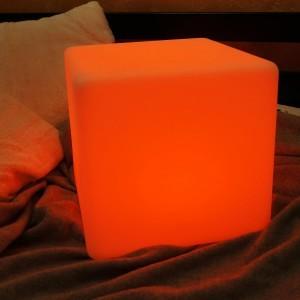 Светильник куб GLOW CUBE 40 см. разноцветный RGB с пультом ДУ IP65 220V