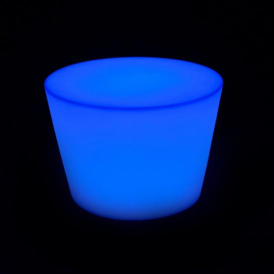 Светящийся столик с аккумулятором LED MARK 50 cм. разноцветный RGB с пультом IP65 — Купить в интернет-магазине LED Forms