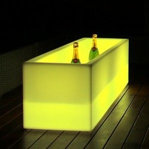 Светящееся кашпо для цветов LED Tetra B c разноцветной RGB подсветкой и пультом ДУ, IP65, 220V