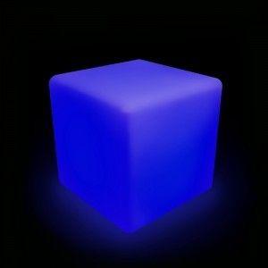 Куб светящийся беспроводной LED, 50*50*50 см., разноцветный (RGB), IP68, с аккумулятором