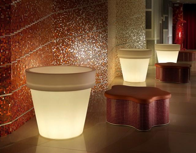 Круглые светящиеся вазоны и кашпо с подсветкой LED