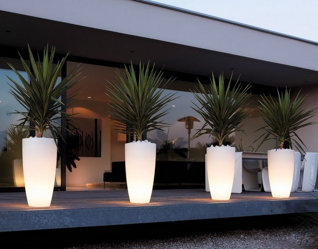 Фигурные светящиеся LED-кашпо