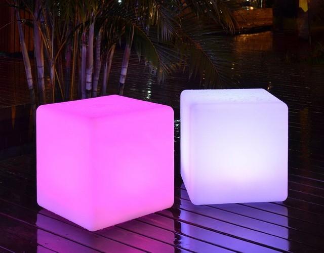 Напольные светящиеся LED кубы (светодиодная мебель)