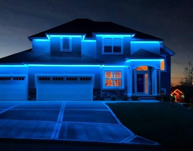 Гибкий светодиодный неон для оформления фасадов зданий - купить в интернет-магазине