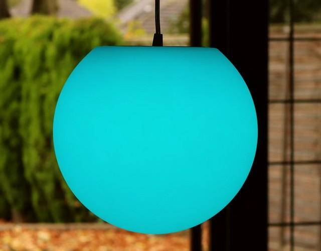 Подвесной разноцветный LED-шар: совершенный светильник для дома