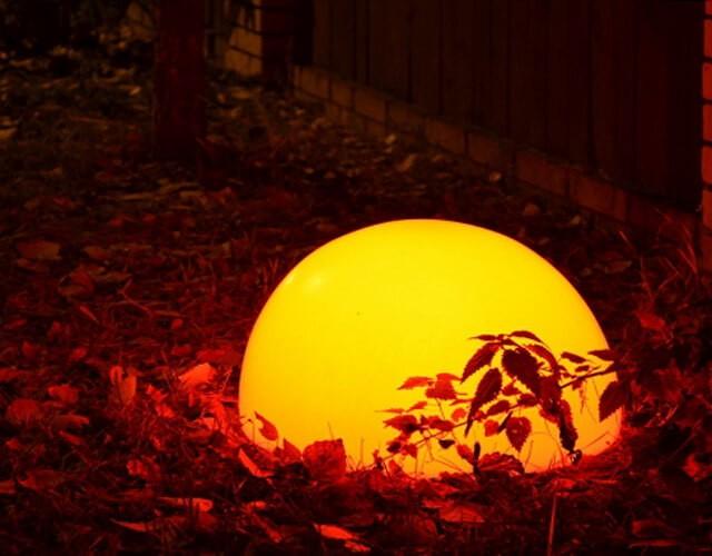 Светящаяся LED полусфера для уличного освещения
