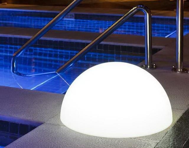 Светодиодная полусфера - безопасный аккумуляторный светильник для бассейна