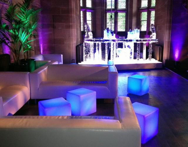 Напольные светящиеся LED-кубы