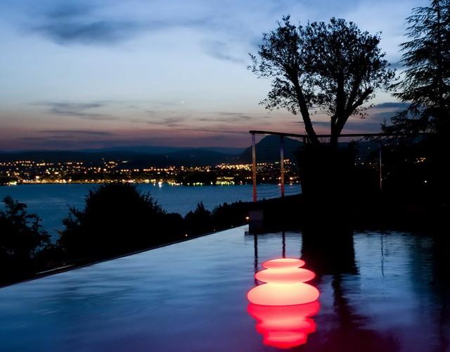 Разноцветный LED Светильник для поверхности воды (подсветка пруда, озера, бассейна)